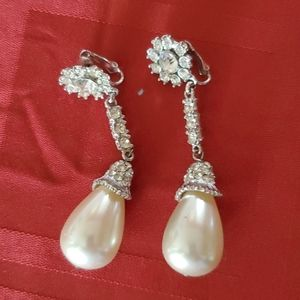 Jewelry - Huge bridal earrings
